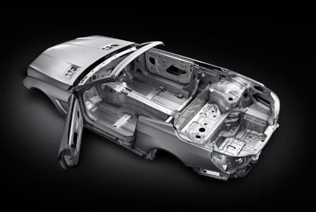 Aluminiowa karoseria SL-a /