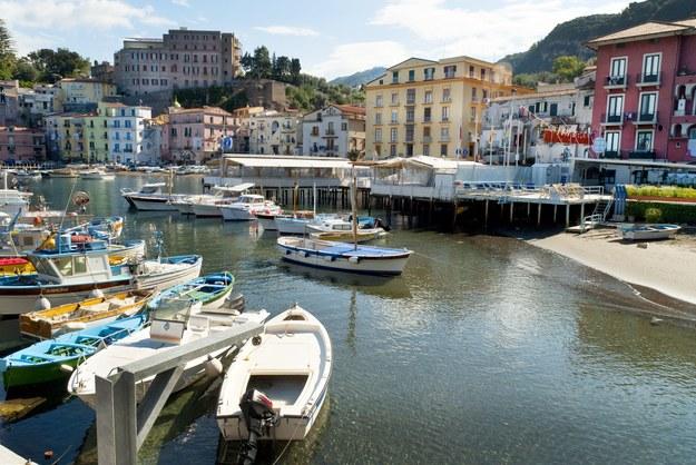 Amalfi leży nad Zatoką Salerno /123/RF PICSEL