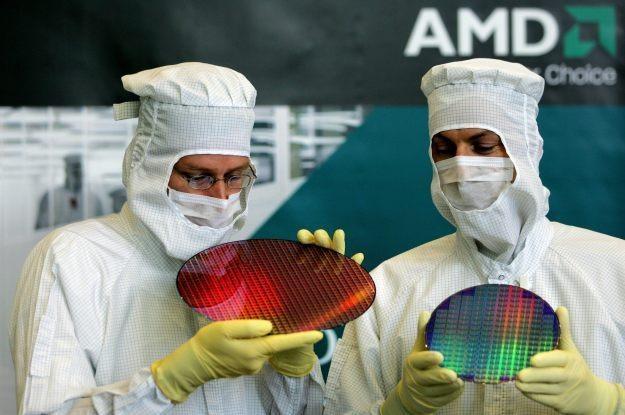 AMD zapewnia, że Radeon HD 6990M to najszybsza karta graficzna na świecie /AFP