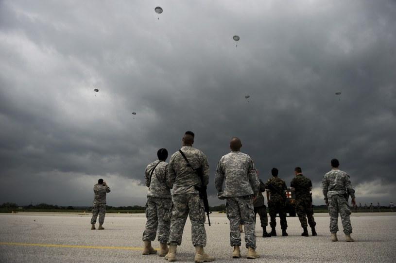 Amerykańscy żołnierze w Kosowie. Misja pokojowa NATO. Zdjęcie z 2014 roku /AFP