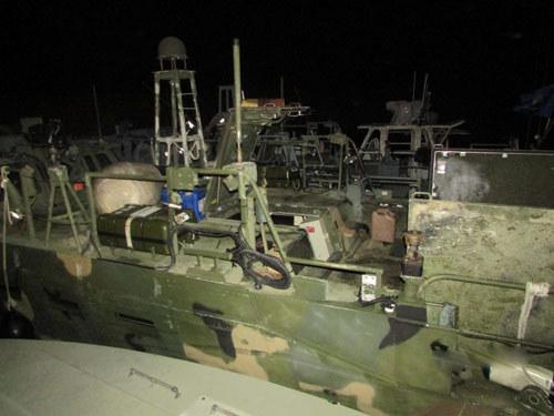 Amerykańska łódź zatrzymana przez irańskie władze /IRAN'S REVOLUTIONARY GUARDS WEBSITE HO /AFP