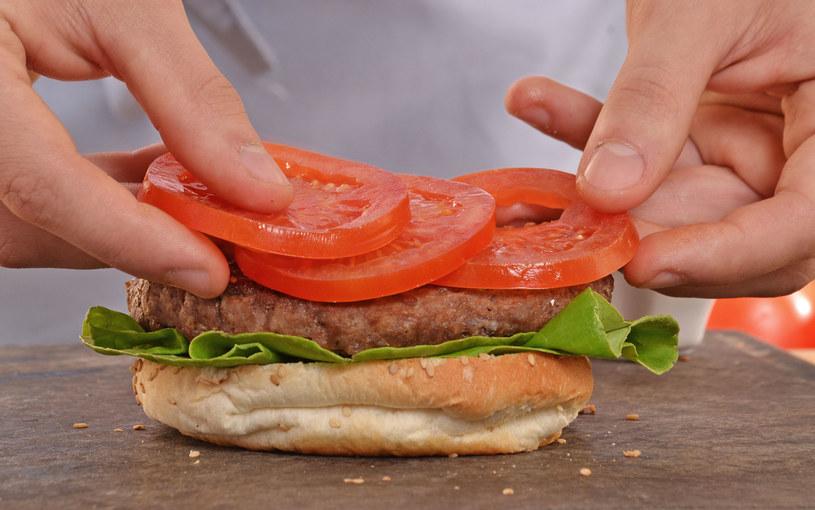 Amerykańskie hamburgery /123/RF PICSEL /123RF/PICSEL