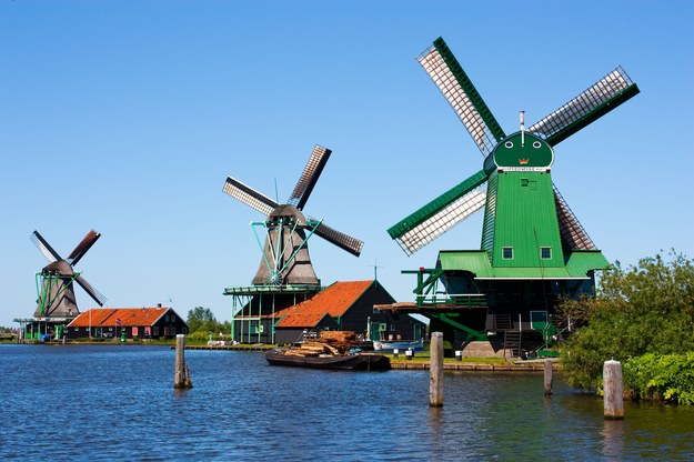 Amsterdam - miasto wiatraków /123/RF PICSEL