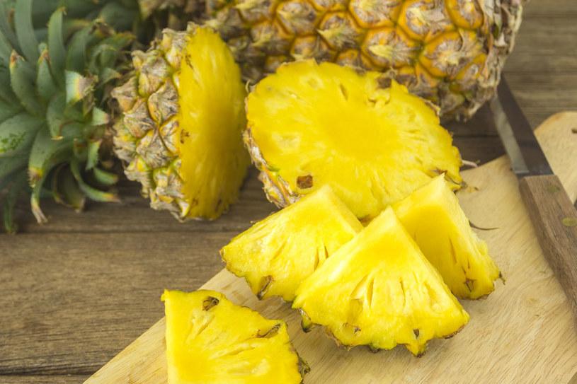 Ananas odchudza i leczy infekcje stawów oraz układu oddechowego /123RF/PICSEL