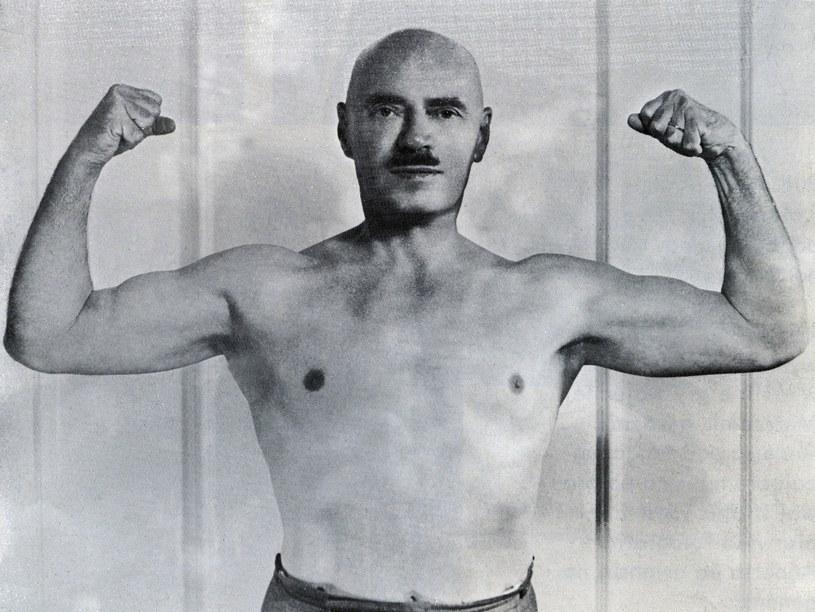 Anders zawsze dbał o tężyznę fizyczną. Przez lata był reprezentantem Polski w zawodach hippicznych /Archiwum Karlicki /East News