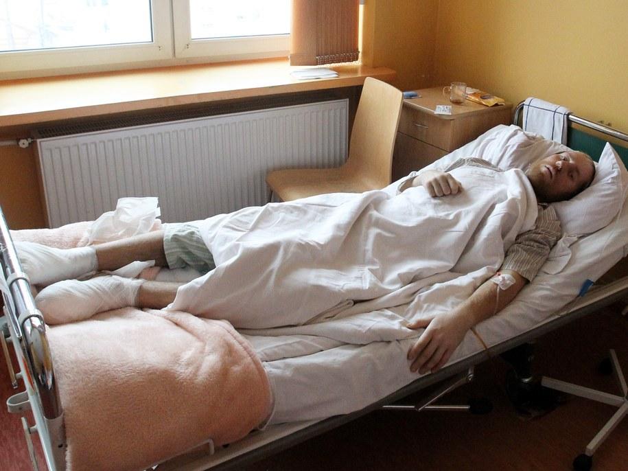 /36-latek od tygodnia przebywa w zakopiańskim szpitalu /PAP