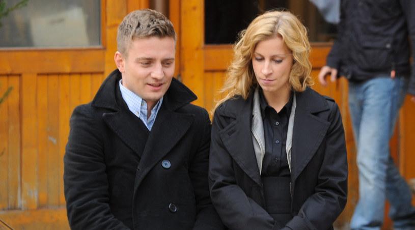 Czy Grzegorz (Marcin Rogacewicz) odzyska Ewę (Magdalena Schejbal)? /Agencja W. Impact