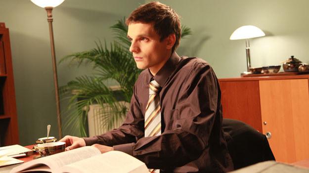 Ksawery mówi Kindze, że interesuje go tylko romans. O stałym związku nie ma mowy! /Agencja W. Impact