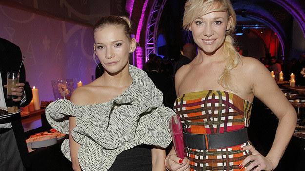 """Maja i Sonia Bohosiewicz. Prywatnie siostry, w nowym serialu """"Aida"""" będą grać... córkę i matkę! /AKPA"""