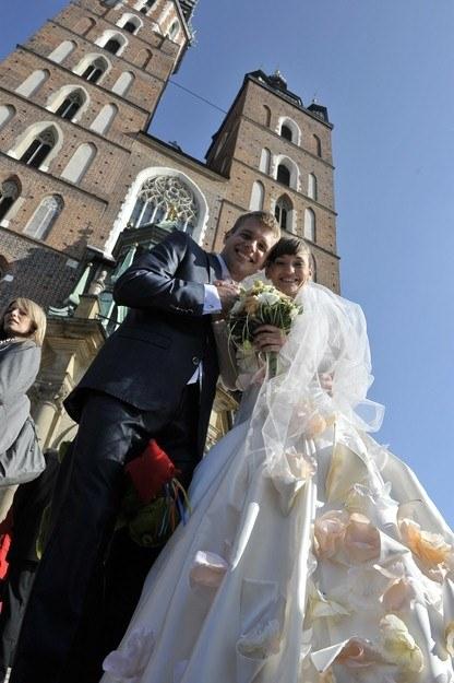 Majka i Michał wzięli ślub w Kościele Mariackim /Agencja W. Impact