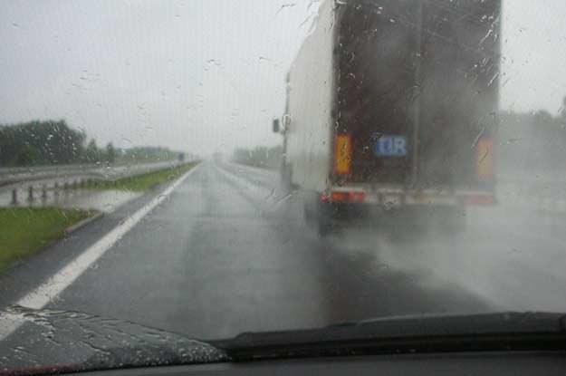 "Naturalnym środowiskiem ""tira"" powinna być autostrada /INTERIA.PL"