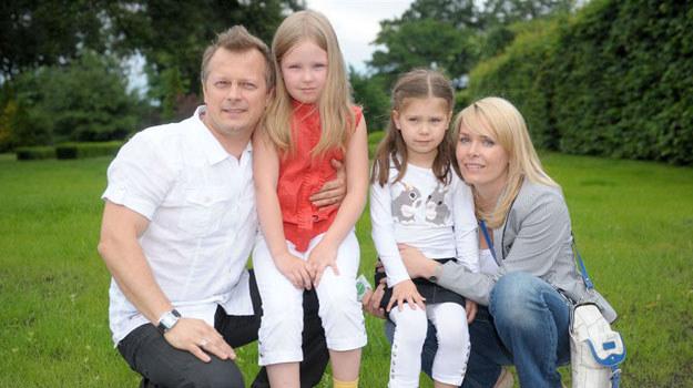 Piotr Szwedes z rodziną /Agencja W. Impact