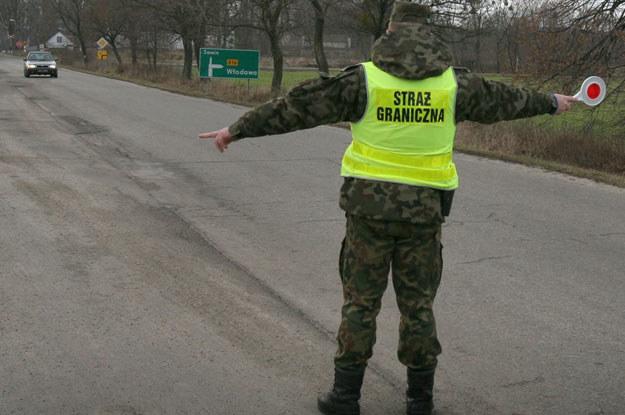 Straż Graniczna otrzyma prawo karania przekraczających dozwoloną prędkość kierowców /Fot. Wajszczak /Reporter