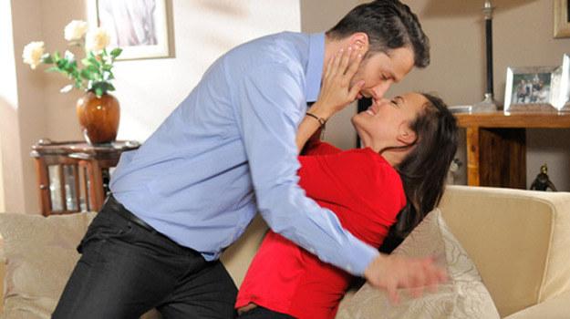 """Tymczasem w """"Prosto w serce"""": Monika i Artur w końcu razem! /Agencja W. Impact"""