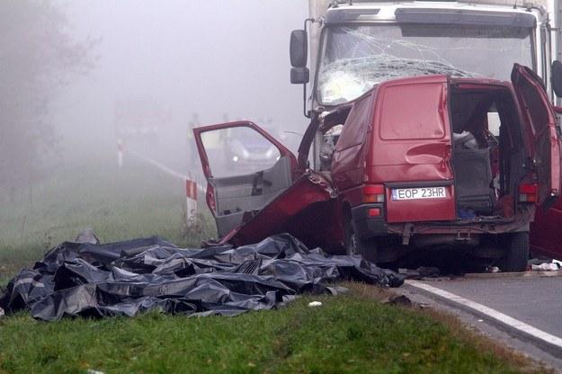 W wypadku koło Nowego Miasta zginęłó 18 osób