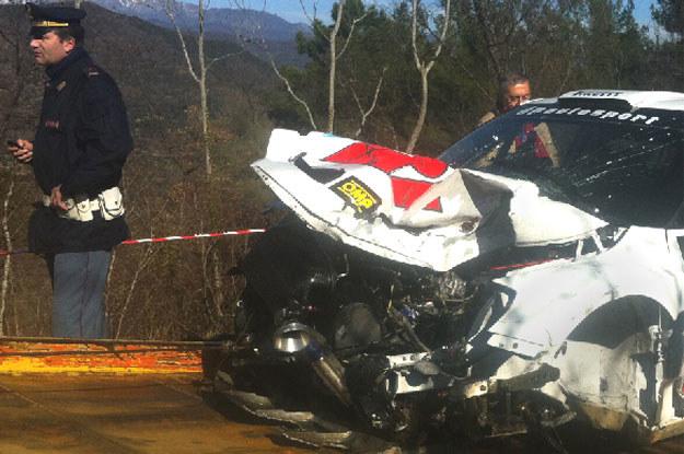 Warto zwrócić uwagę, że włoska policja zarekwirowała wrak auta Polaka