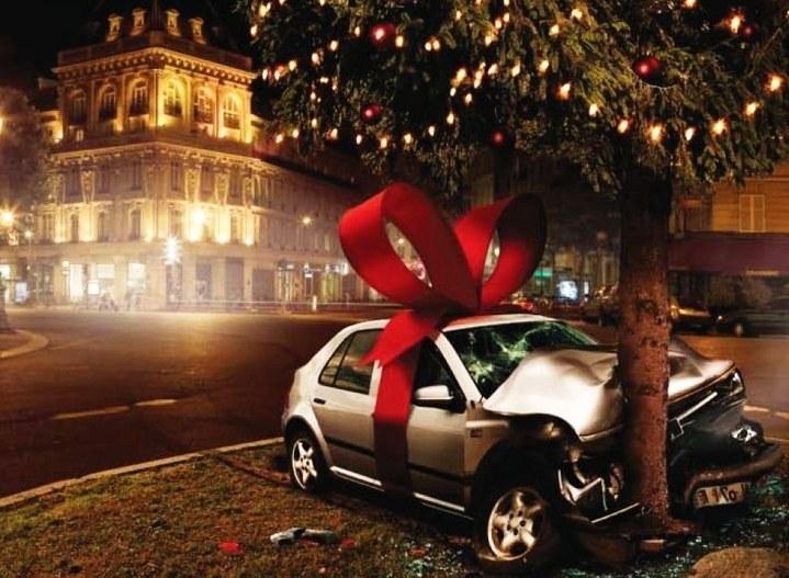 Zdjęcie z kampanii francuskiego rządu przeciwko siadaniu za kierownica w stanie upojenia alkoholowego /Fot. Securite Routiere /RMF FM