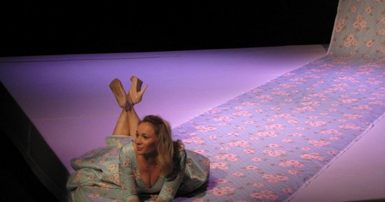 """""""Chodź ze mną do łóżka"""". Sonia Bohosiewicz wraca do teatru"""
