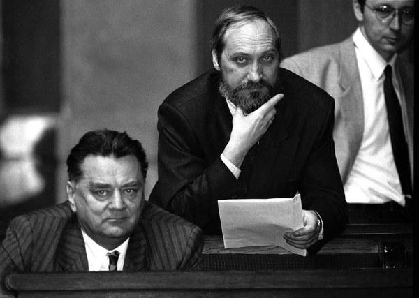 Premier Jan Olszewski, szef MSW Antoni Macierewicz i szef MON Jan Parys, 04.06.1992