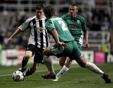 Andrei Kalimullin (w środku) zdobył pierwszego gola /AFP