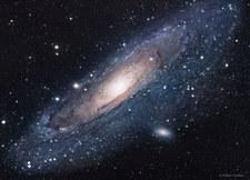 Andromeda wcale nie jest cięższa od Drogi Mlecznej
