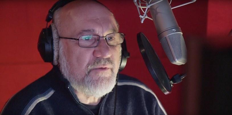 Andrzej Blumenfeld podczas sesji nagraniowej do gry Torment - fragment materiału wideo z serwisu youtube.com /kanał: Techland Wydawnictwo /materiały źródłowe