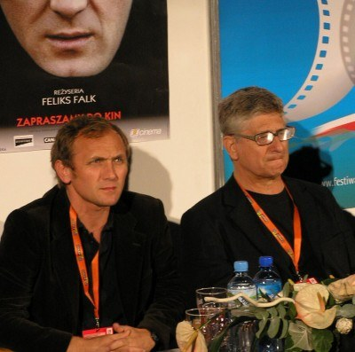 Andrzej Chyra i reżyser Feliks Falk na konferencji prasowej /INTERIA.PL