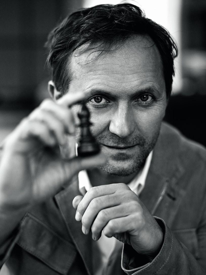 """Andrzej Chyra: """"Raczej spryt i finezja, nie mięśnie"""" /Bartek Wieczorek/LAF AM /Twój Styl"""