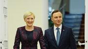 Andrzej Duda całuje żonę w walentynki
