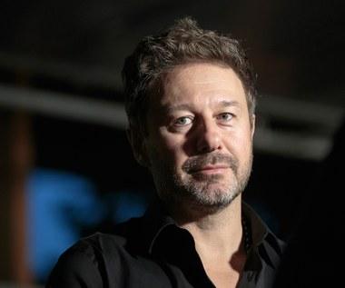 Andrzej Piaseczny: Człowiek mainstreamu