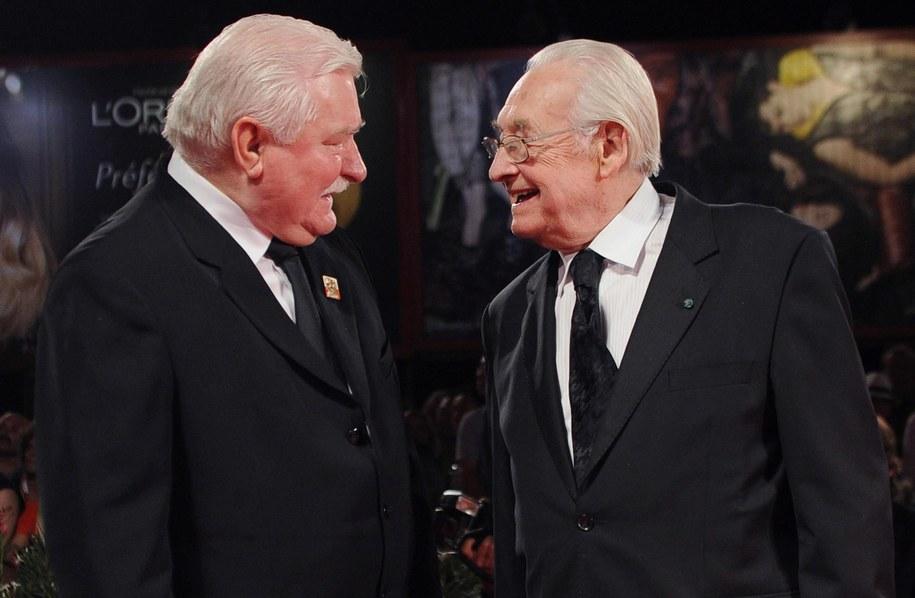 Andrzej Wajda otrzymal nagrode Persol. Na zdj. z Lechem Wałęsą /ETTORE FERRARI /PAP/EPA