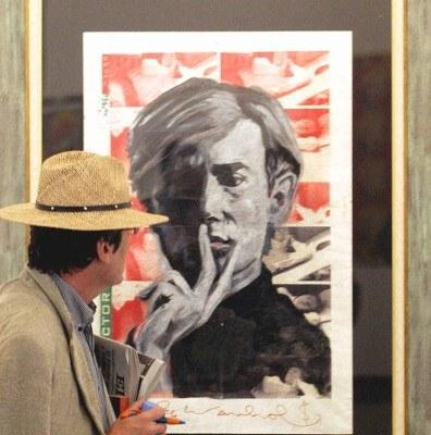 Andy Warhol, oprócz tego że był malarzem, realizował również filmy. /AFP