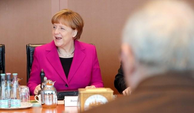 Angela Merkel nie pojedzie 9 maja do Moskwy na obchody zakończenie drugiej wojny światowej. /WOLFGANG KUMM /PAP/EPA