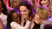 Angelina Jolie: Biologiczna matka jej adoptowanej córki chce ją odzyskać!