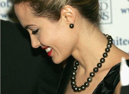 Angelina Jolie potrafi zachować umiar /Getty Images/Flash Press Media