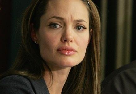 Angelina Jolie zaangażowana jest w działalność humanitarną - fot. Mark Mainz /Getty Images/Flash Press Media