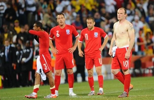 Angielskie gwiazdy miały błyszczeć na mundialu, ale zupełnie zawiodły /AFP