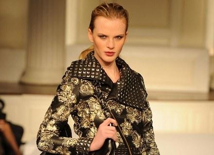 angielskie stylistki doradzają, jak się dobrze ubrać /AFP