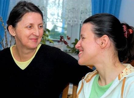 Ania wraz ze swoją mamą/fot. Tomasz Jefimow /krosno24.pl