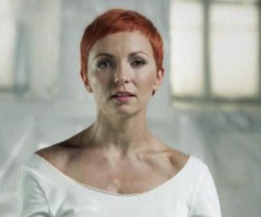 Ania Wyszkoni - Z ciszą pośród czterech ścian