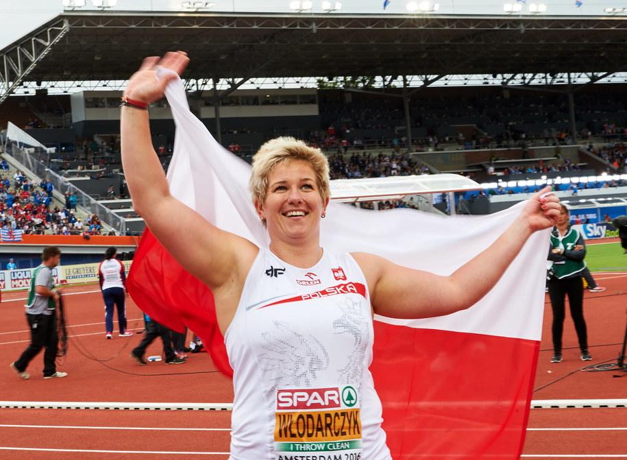 Anita Włodarczyk po raz trzeci z rzędu została mistrzynią Europy w rzucie młotem /Adam Warżawa /PAP