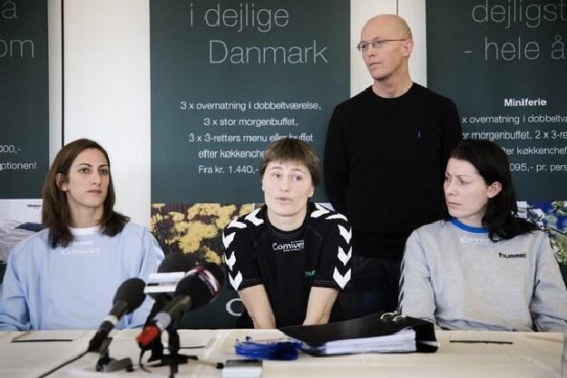 Anja Andersen (w środku) /AFP
