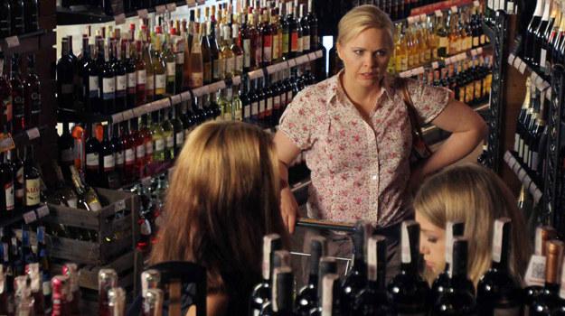 Anka przyłapię córkę na kupnie alkoholu /  /Polsat