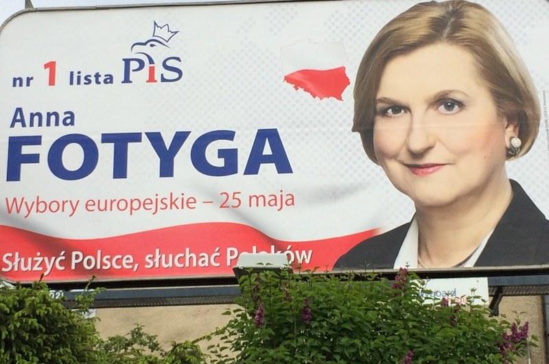 Anna Fotyga na plakacie wyborczym nie ma ani jednej zmarszczki /Kuba Kaługa /RMF FM