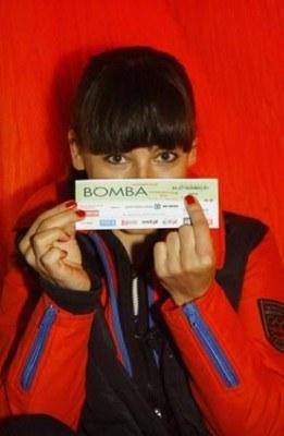 """Anna Mucha z """"bombowym"""" biletem /"""