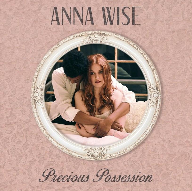 Anna Wise /