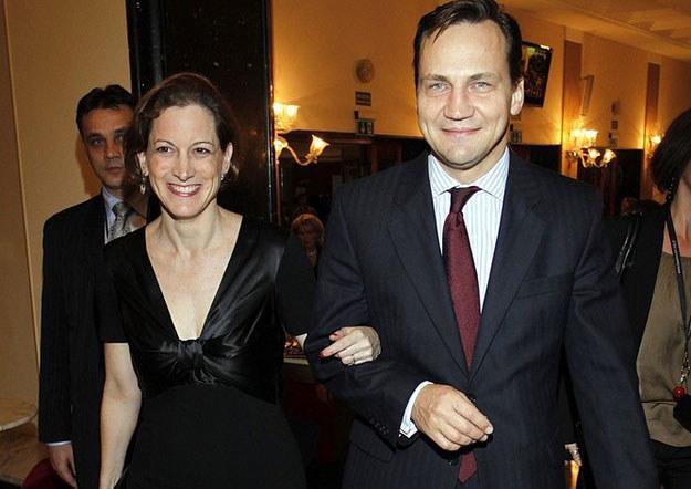 Anne Applebaum (z lewej) z Radosławem Sikorskim /East News /East News