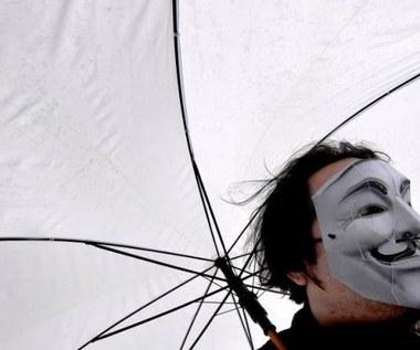 Anonimowi będą atakować w każdy piątek