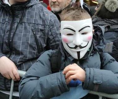 Anonimowi nie wyłączą internetu?