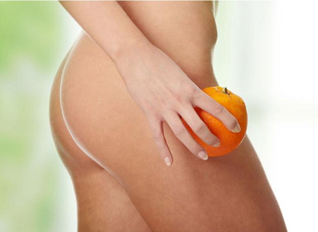 Antycellulitowy masaż należy wykonywać dwa razy dziennie /- /© Panthermedia